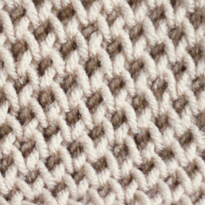 Honeycomb Brioche Knitting Pattern in beige color yarn.