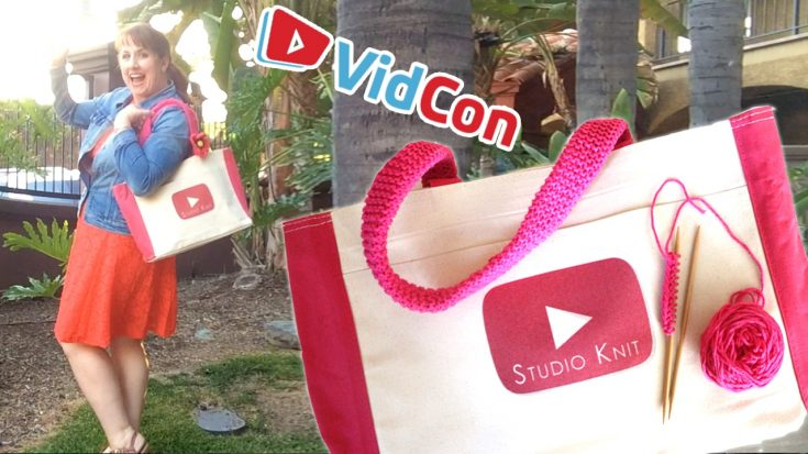 Summer Knitted Tote Bag at VidCon with Video Tutorial