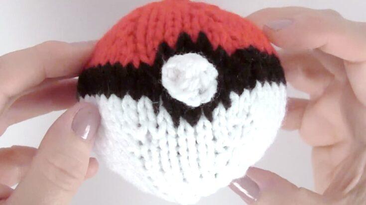 Knit a POKÉBALL (Knitting Pattern)