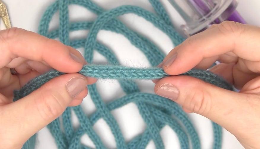 Embellish Knit I-Cords with Studio Knit