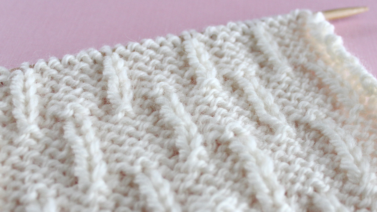 CATERPILLARSTITCH PATTERN Learn EASY KNIT AND PURL STITCH PATTERNS in the Absolute Beginner Knitting Series by Studio Knit