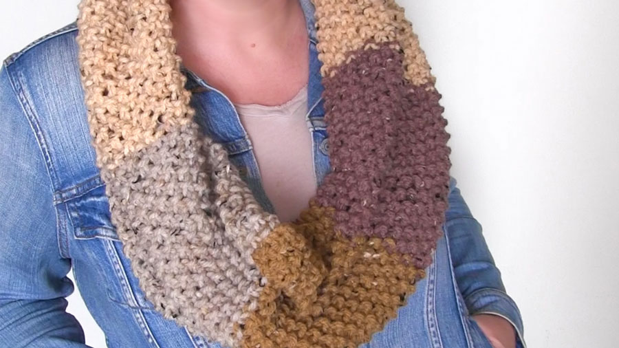 Seed Stitch Knitted Infinity Scarf Pattern