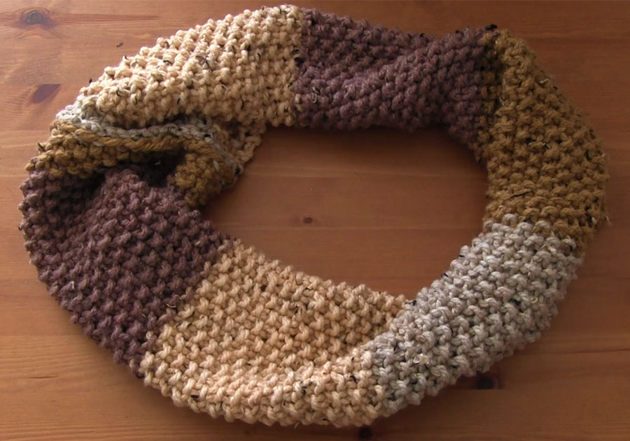 Seed Stitch Infinity Scarf Pattern with Video Tutorial | Studio Knit