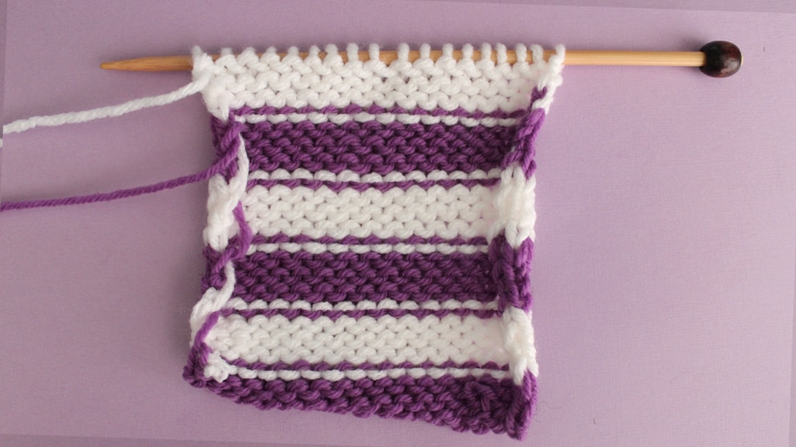 How to Knit Stripes with Studio Knit - Wrong Side of Stockinette Stitch Pattern