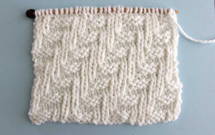 Diagonal Chevron Zigzag Stitch Knitting Pattern | Studio Knit