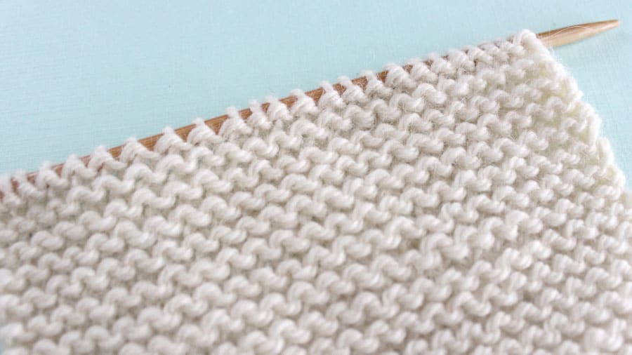 Garter Knit Stitch Pattern Easy for Beginning Knitters by Studio Knit with Video Tutorial #studioknit #knitstitchpattern