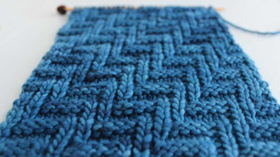 Diagonal Chevron Zigzag Knit Stitch Pattern With Video Tutorial