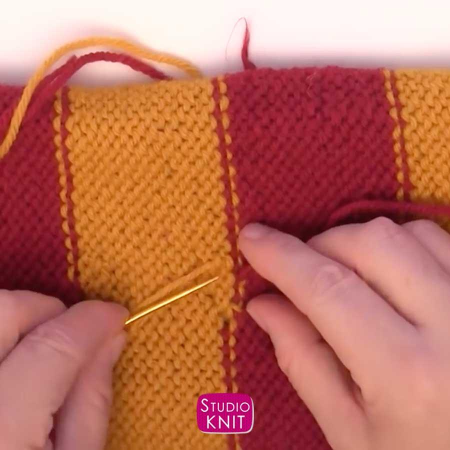 Harry Potter Scarf Knitting Pattern Weaving in Yarn Tail Ends