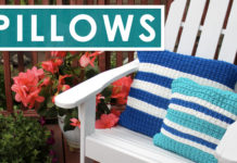 Knit a Pillow in Hurdle Stitch with Stripes by Studio Knit
