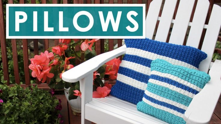 Knit a Pillow in Hurdle Stitch Pattern with Video Tutorial