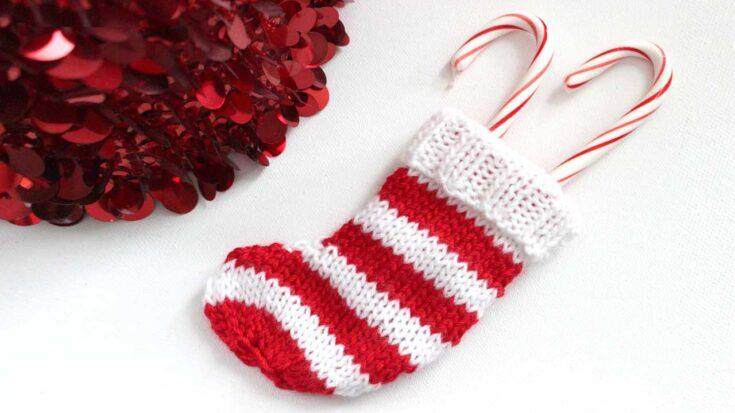 Mini Christmas Stocking Knitting Pattern