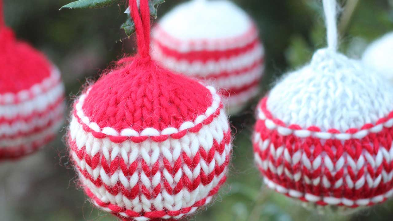 Knitted Christmas Ball Ornaments Pattern Studio Knit