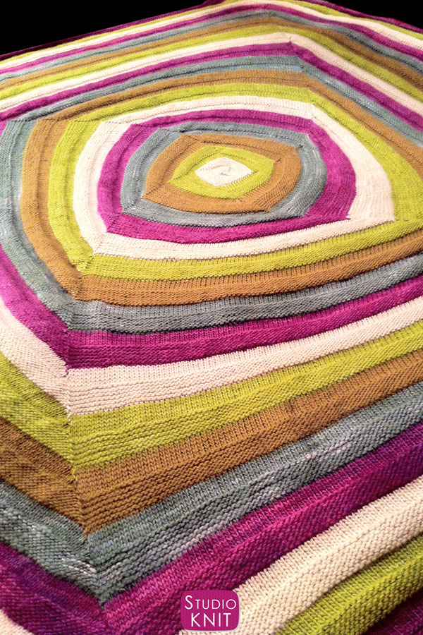 Full Blanket in the Swirly Square Knit Stitch Pattern
