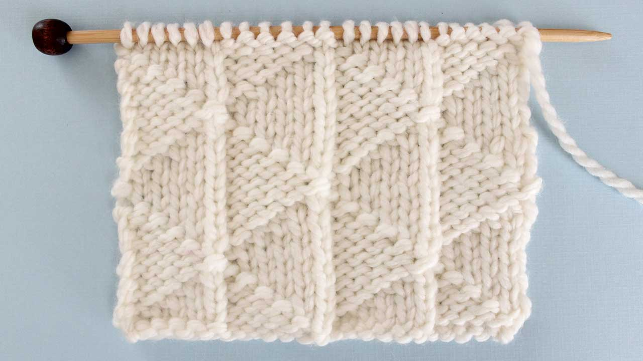 Pennant Pleating Stitch Knitting Pattern for Beginners
