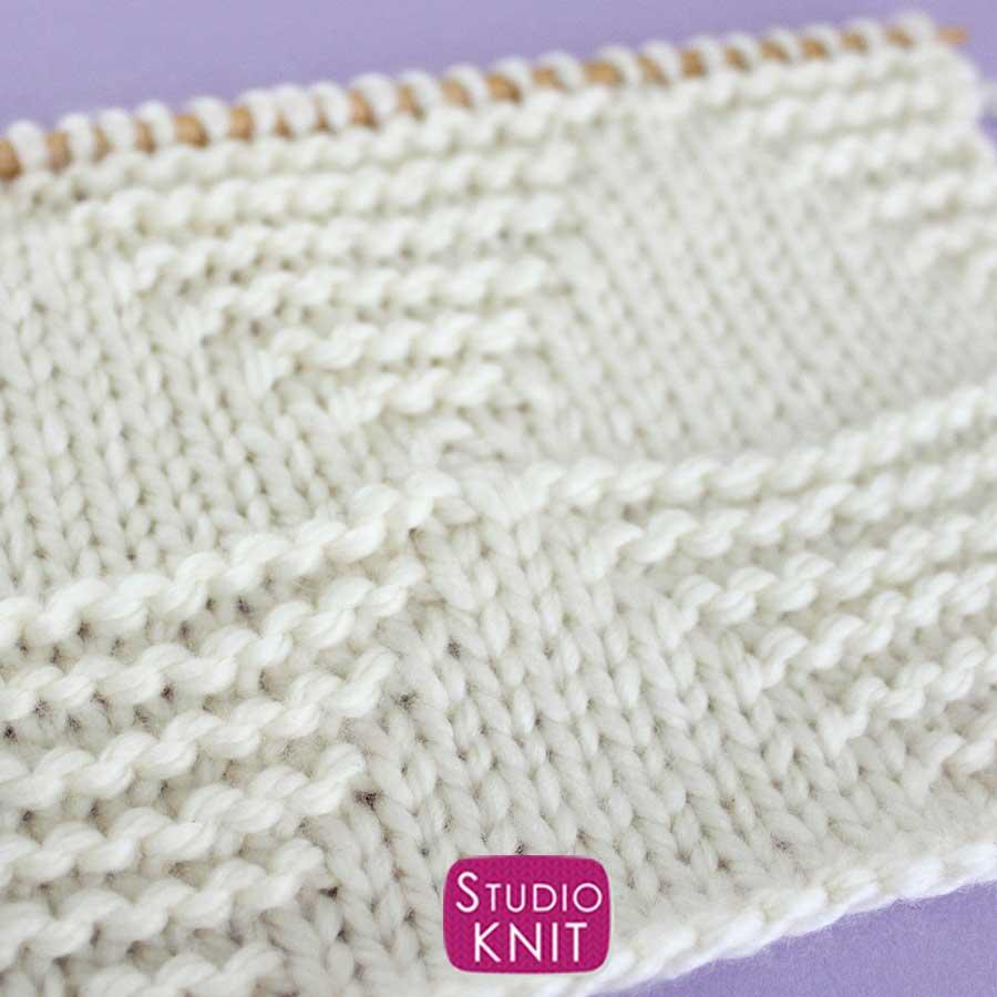 Large Stacked Triangle Stitch Knitting Pattern Close-Up