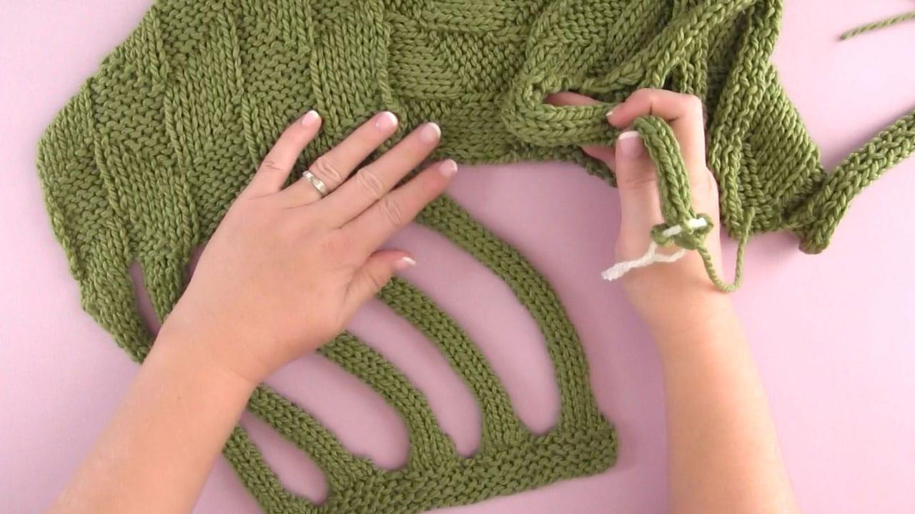 Braiding Celtic Knot Scarf