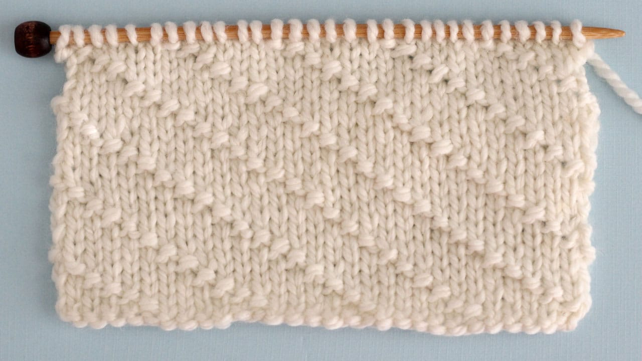 Diagonal Seed Stitch Knitting Pattern for Beginners