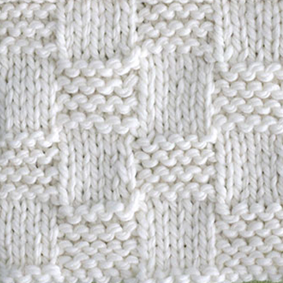 Garter Checkerboard knitting stitch pattern in white yarn color